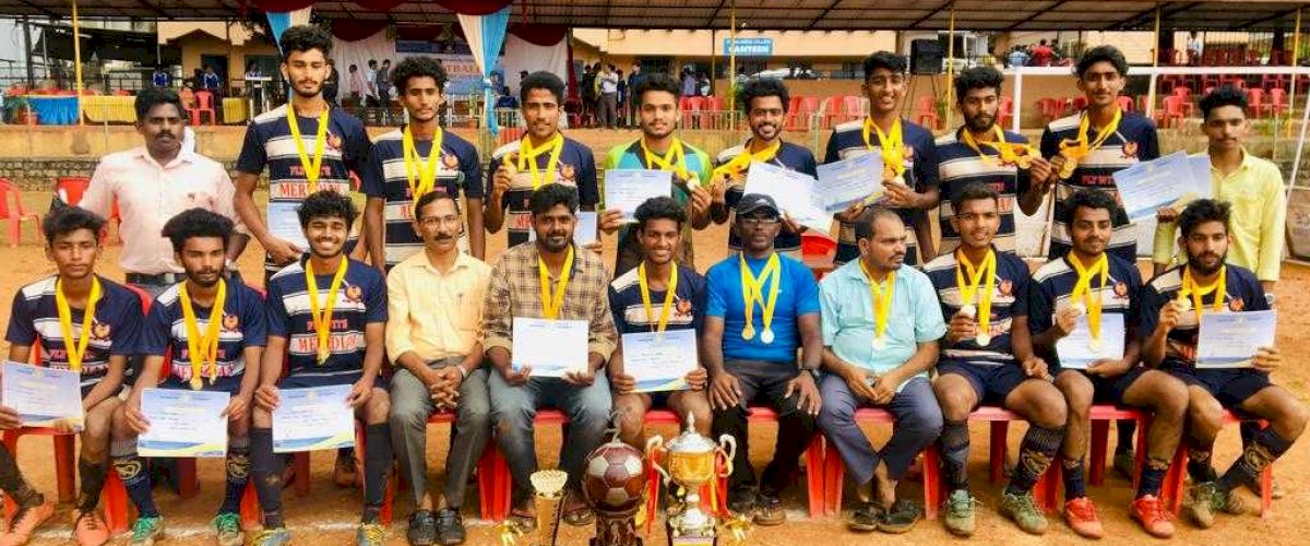 Meredian Football team